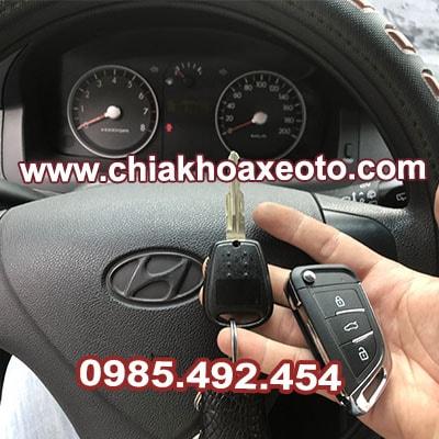 chia khoa remote dieu khien hyundai getz 2008-chiakhoaxeoto