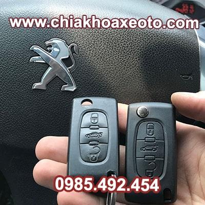 chia khoa remote dieu khien Peugeot 408-chiakhoaxeoto.com