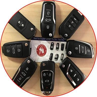 độ chìa khóa gập ô tô hcm