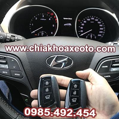 Chìa Khóa Thông Minh Hyundai Santafe HCM