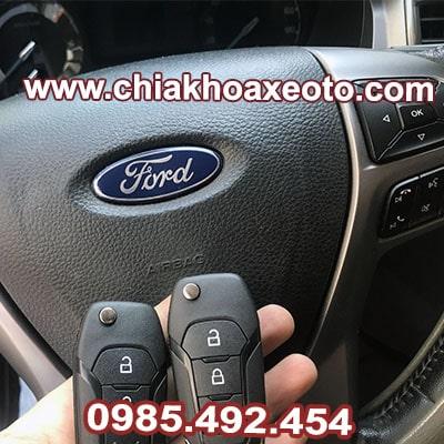 chia khoa remote ford ranger xls xlt 6speed-chiakhoaxeoto.com