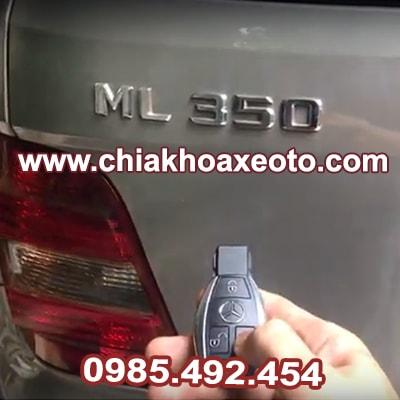chia khoa remote mercedes ml350-chiakhoaxeoto