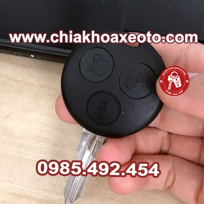 chia khoa remote smart roadster 2006-chiakhoaxeoto